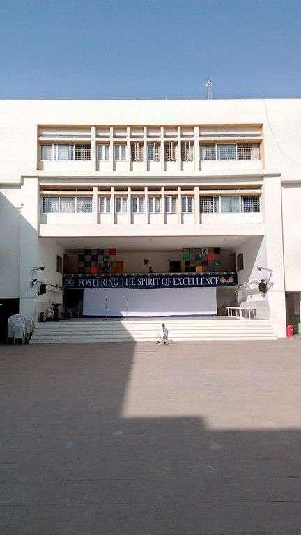 NAVRACHANA HR SEC SCHOOL JYOTI COLONY SAMA ROAD BARODA GUJARAT 430003