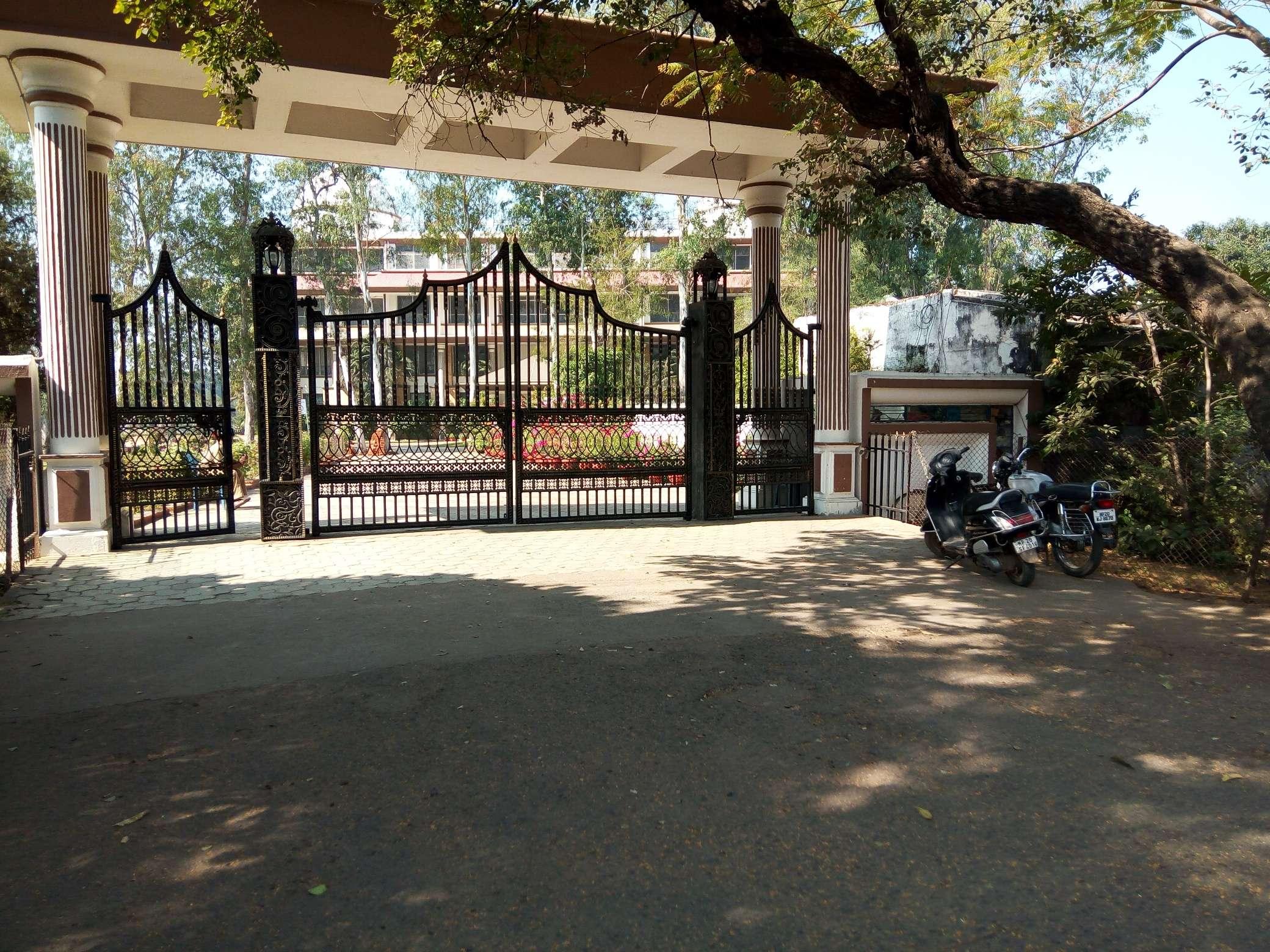 LITTLE WORLD SCHOOL TILWARA JABALPUR MADHYA PRADESH 1030145
