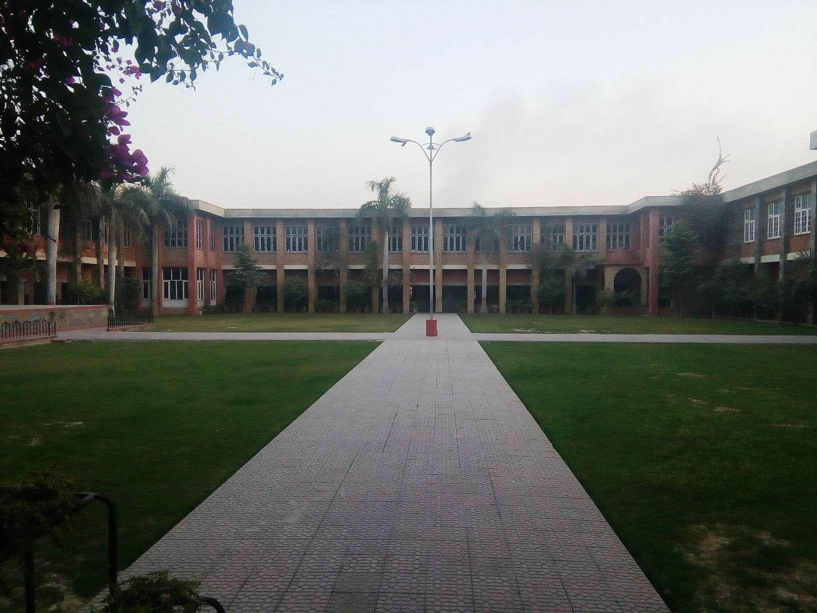 DASMESH PUBLIC SCHOOL FARIDKOT PUNJAB 1630017