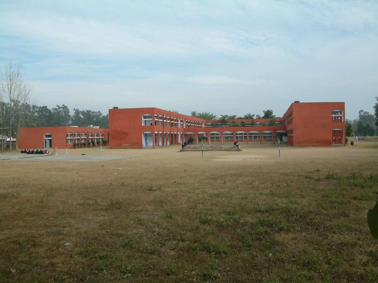 B B M B D A V PUBLIC SCHOOL TALWARA TOWNSHIP DISTT HOSHIARPUR PUNJAB
