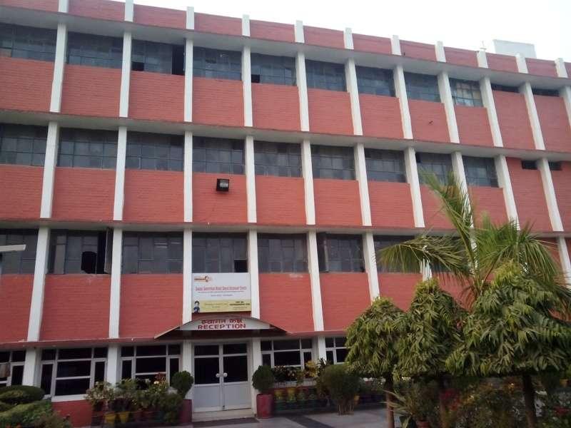 SHARDA SARVHITKARI SR SEC SCHOOL SECTOR 40 D CHANDIGARH 2630002