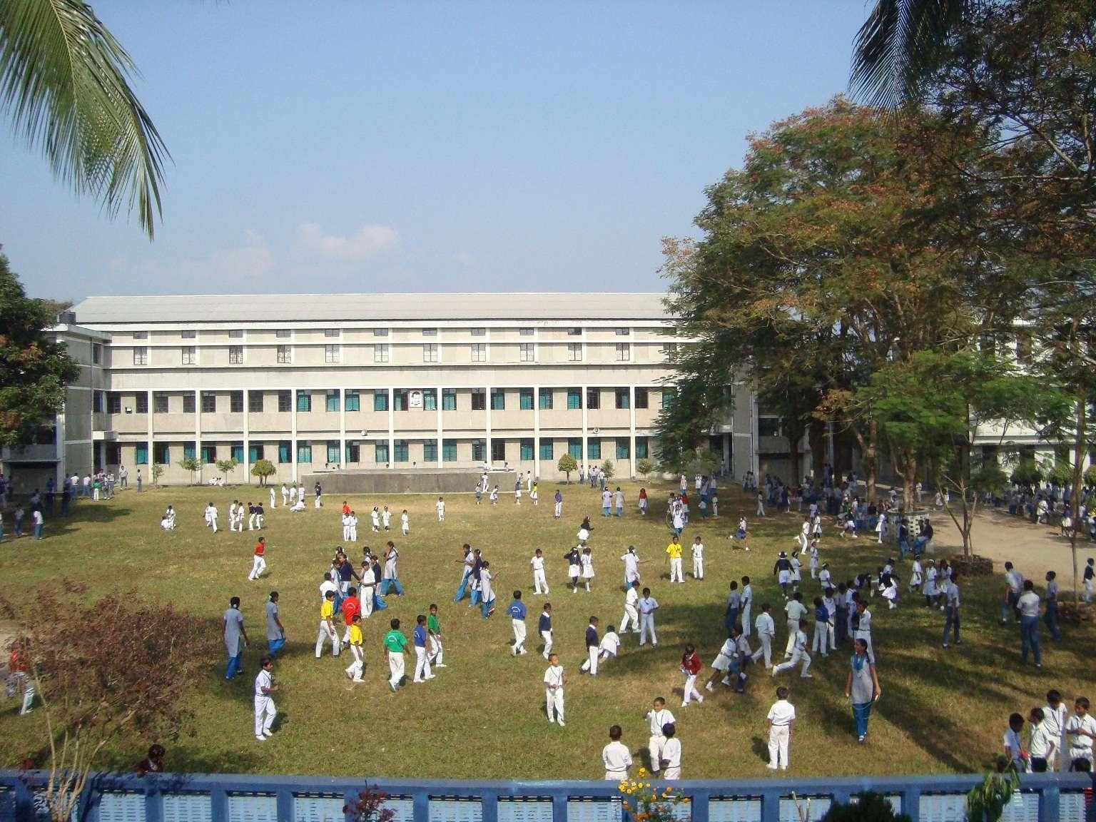 AUXILIUM CONVENT SCHOOL NEW CHUMTA P O VIA SUKNA SILIGURI DISTT DARJEELING WEST BENGAL 2430034