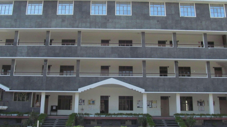 BLUE BIRD HR SEC SCHOOL BANNA DEVI BHATTACHARYA BHAVAN G T ROAD ALIGARH UTTAR PRADESH 2130072