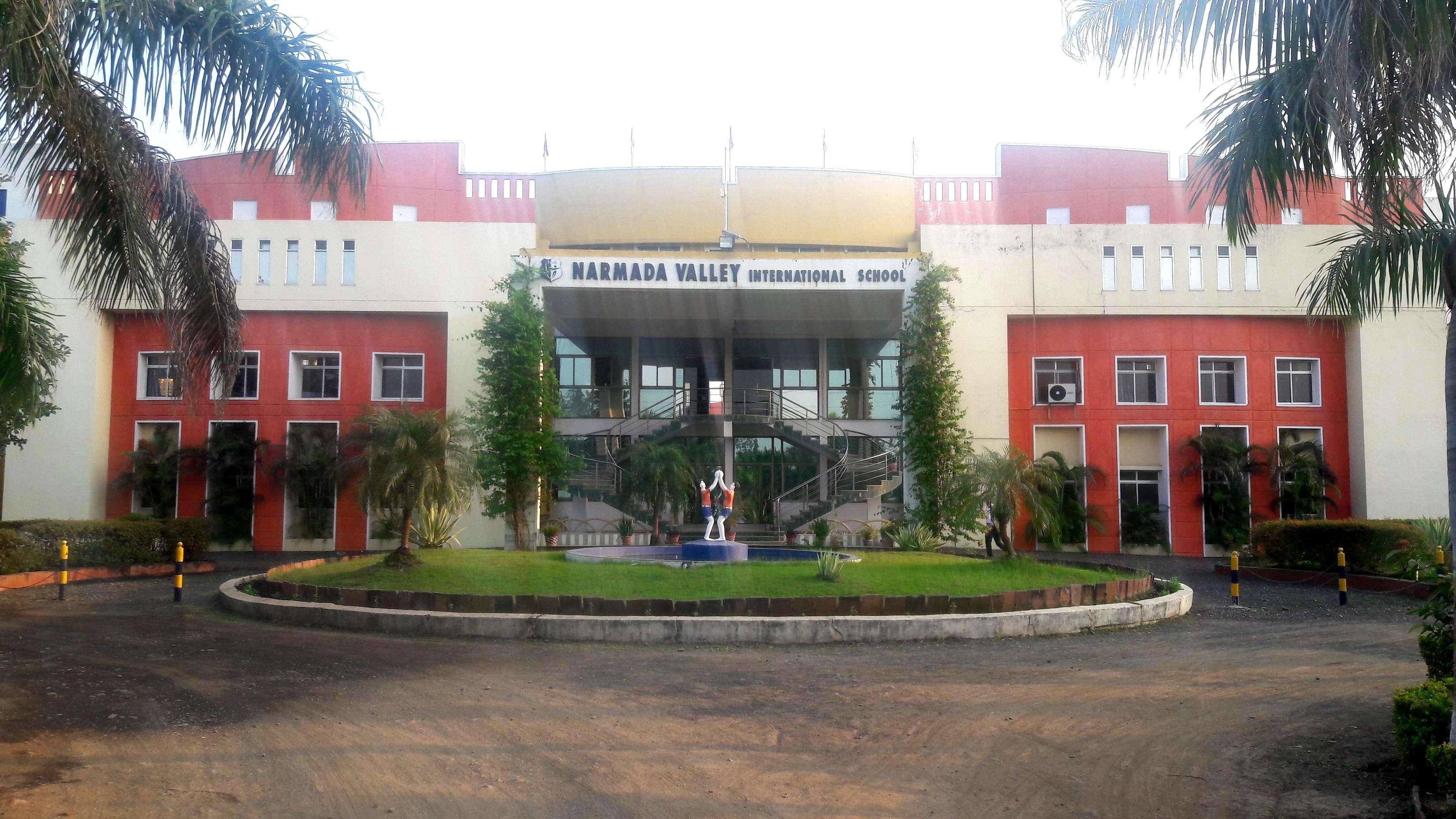 NARMADA VALLEY INTERNATIONAL SCHOOL MAHESHWAR ROAD BARWAHA DISTT KHARGAON MP 1030247
