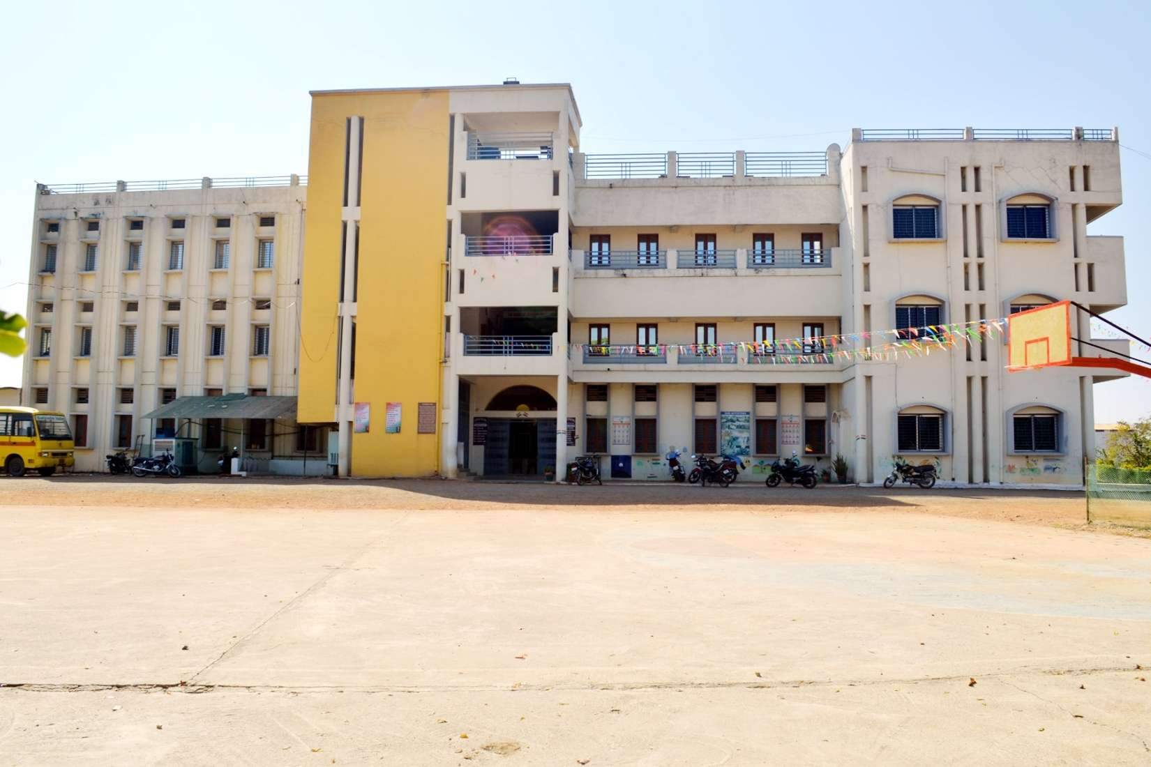 Satpuda Valley Public School Sahutola Garra Lalburra Road Balaghat 1030641