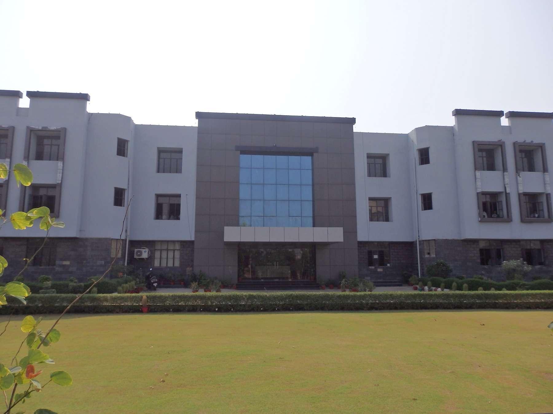 PRESIDENCY THE INTERNATIONAL SCHOOL BHIWADI OPP UTI OFFICE DISTT ALWAR RAJASTHAN 1730194