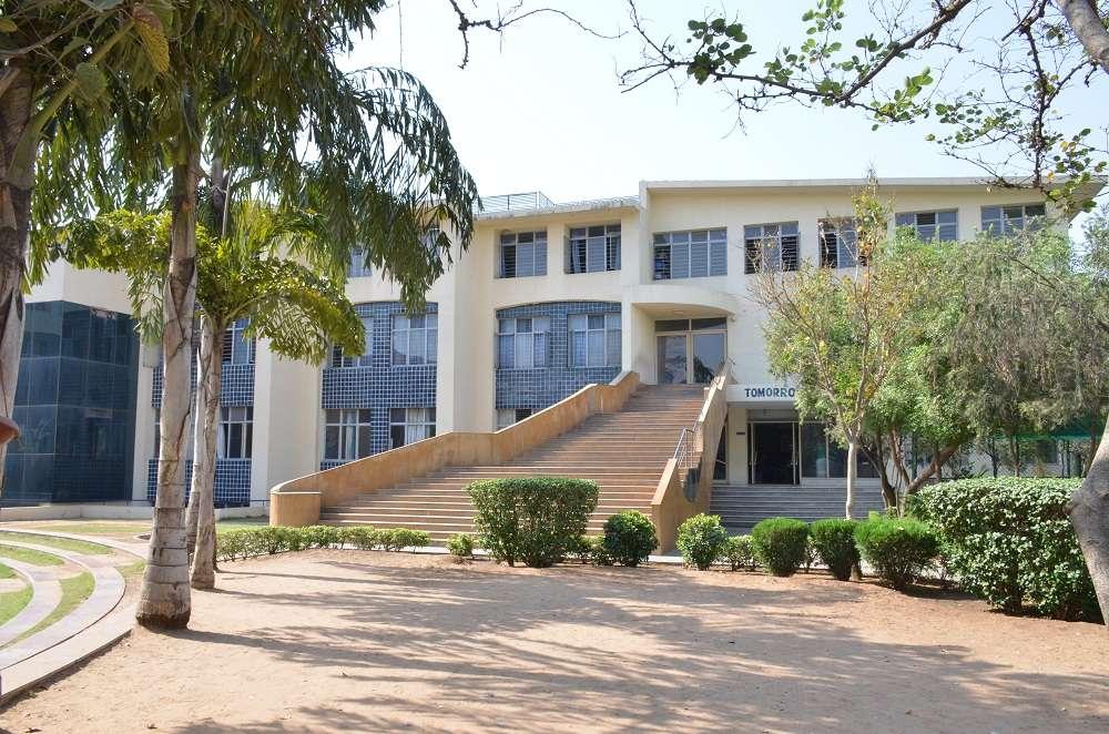 SANSKAR SCHOOL 117 121 VISHWAMITRA MARG DEFENCE COLONY SIRSI ROAD JAIPUR RAJ 1730236