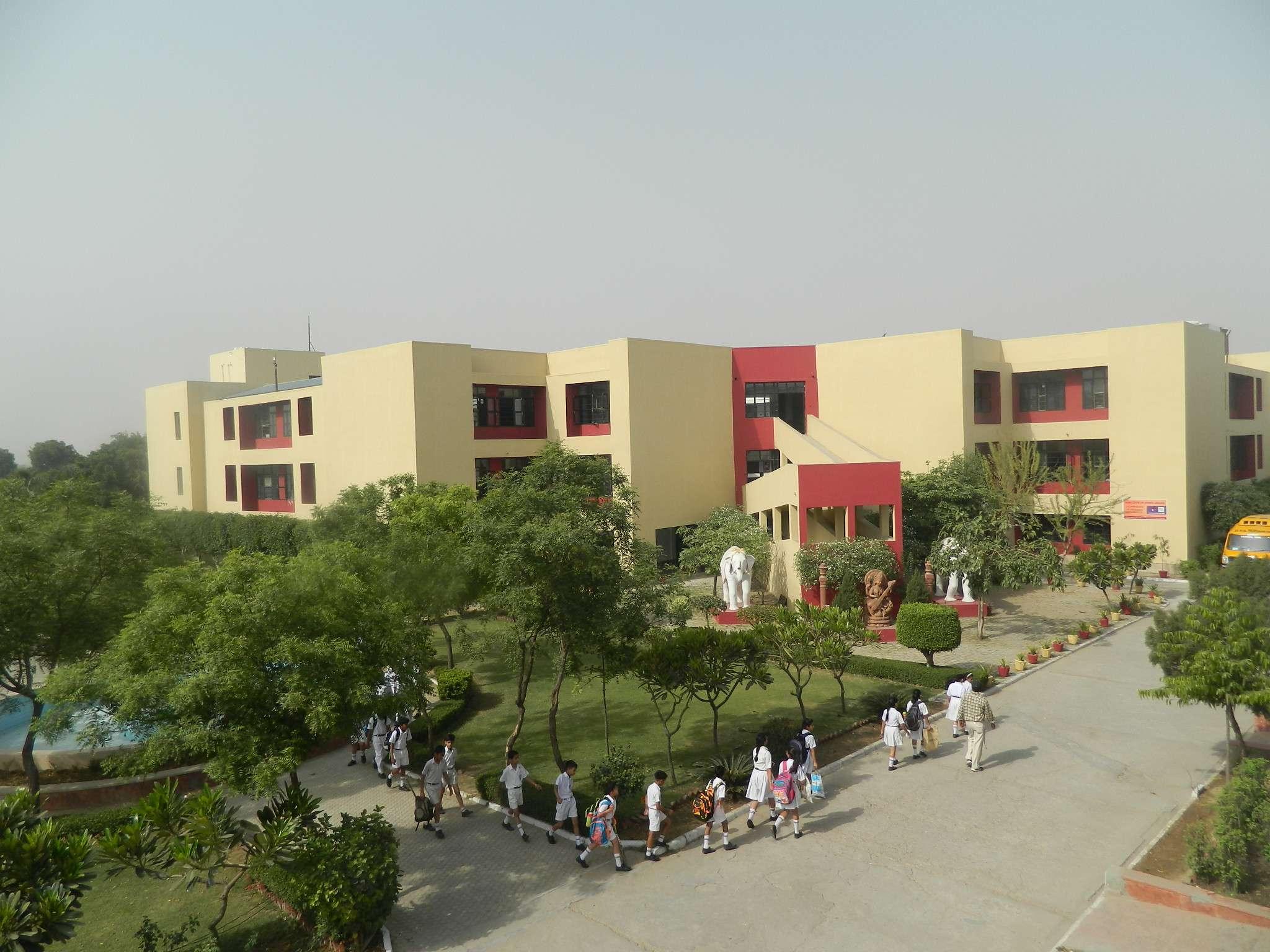 DELHI PUBLIC SCHOOL JIND ROAD ROHTAK HARYANA 530441