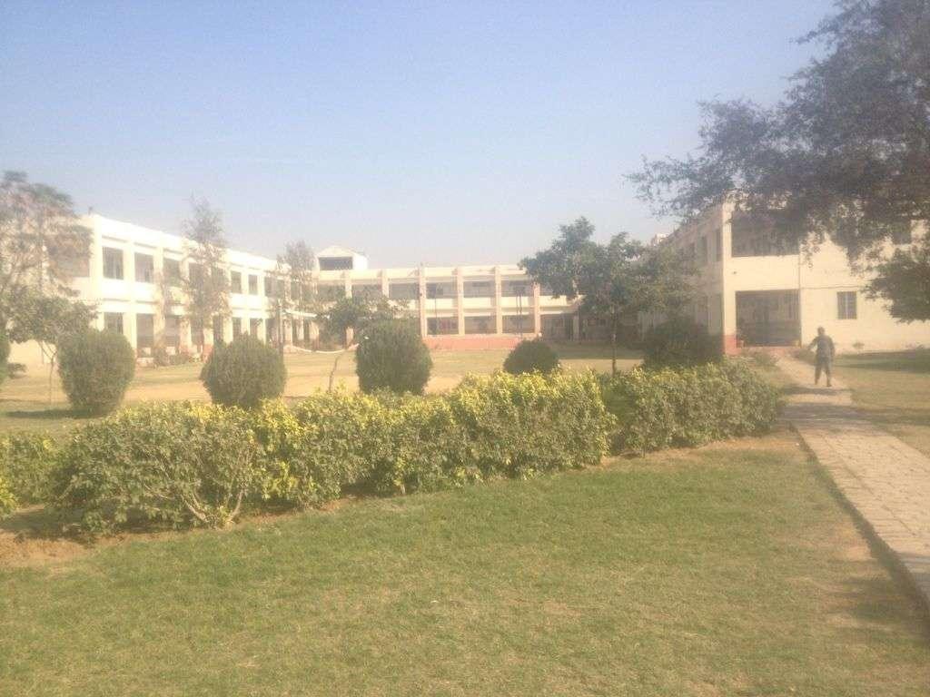 SATLUJ PUBLIC SCHOOL BHATTU DISTT FATEHABAD HARYANA 530448