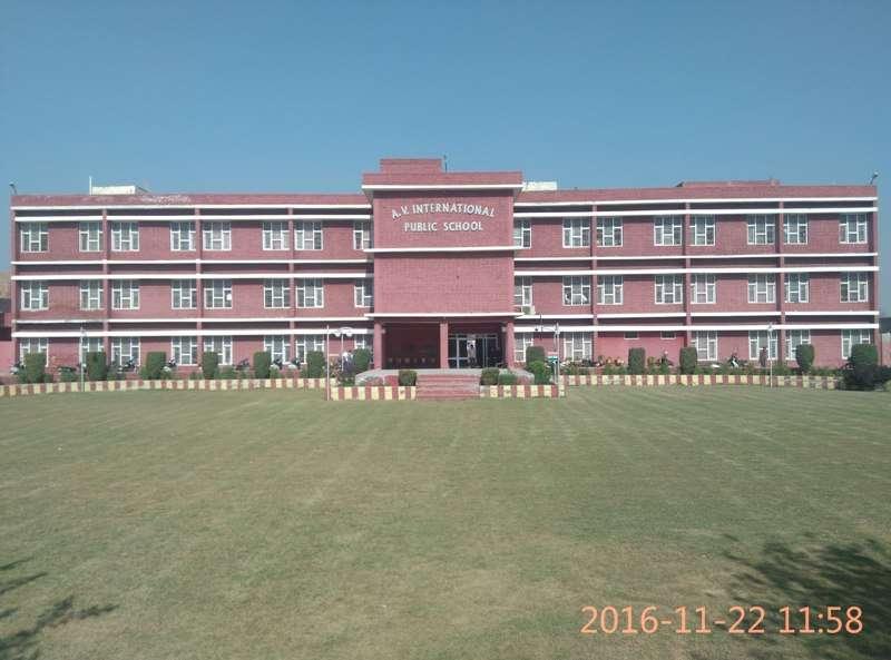 A V INTERNATIONAL PUBLIC SCHOOL ITI CHOWK RANIA CHOWK SIRSA HARYANA 530476