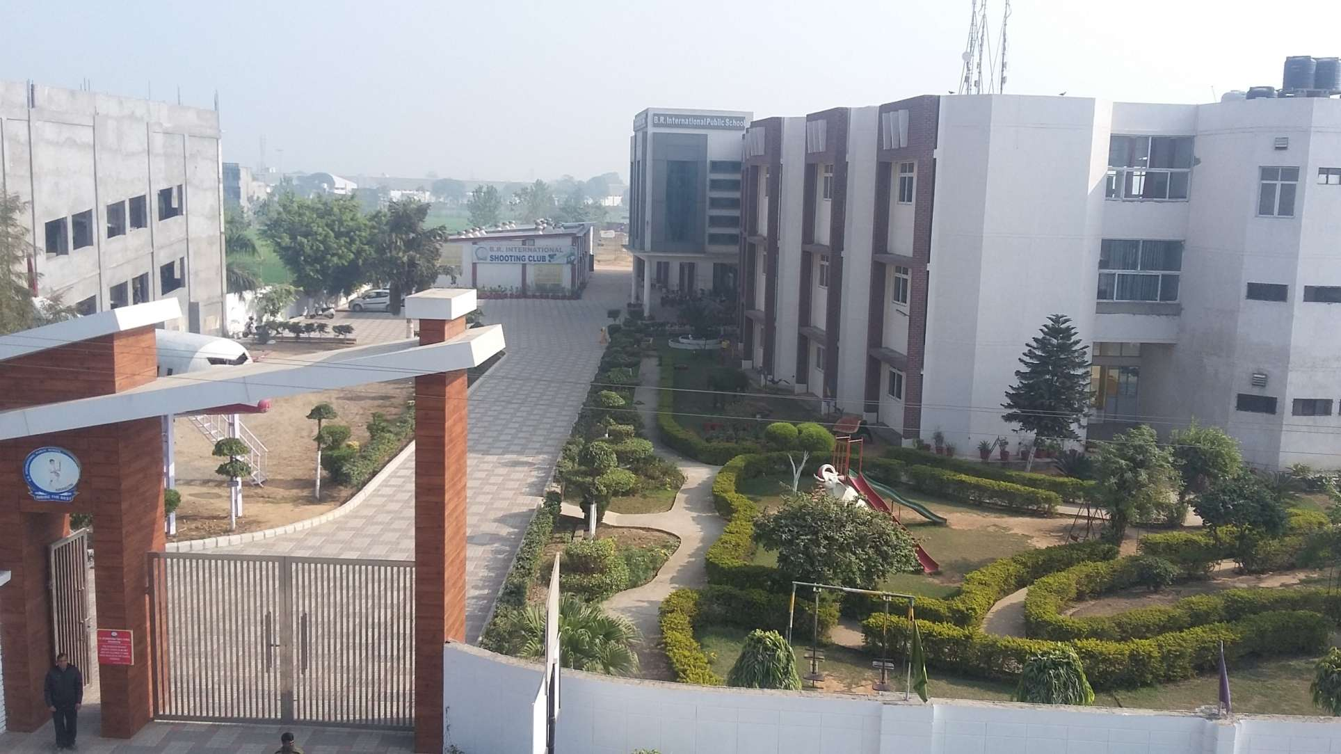 B R INTERNATIONAL PUBLIC SCHOOL NEAR NEW GRAIN MARKET SALAPUR ROAD KURUKSHETRA THANESAR HARYANA 530592