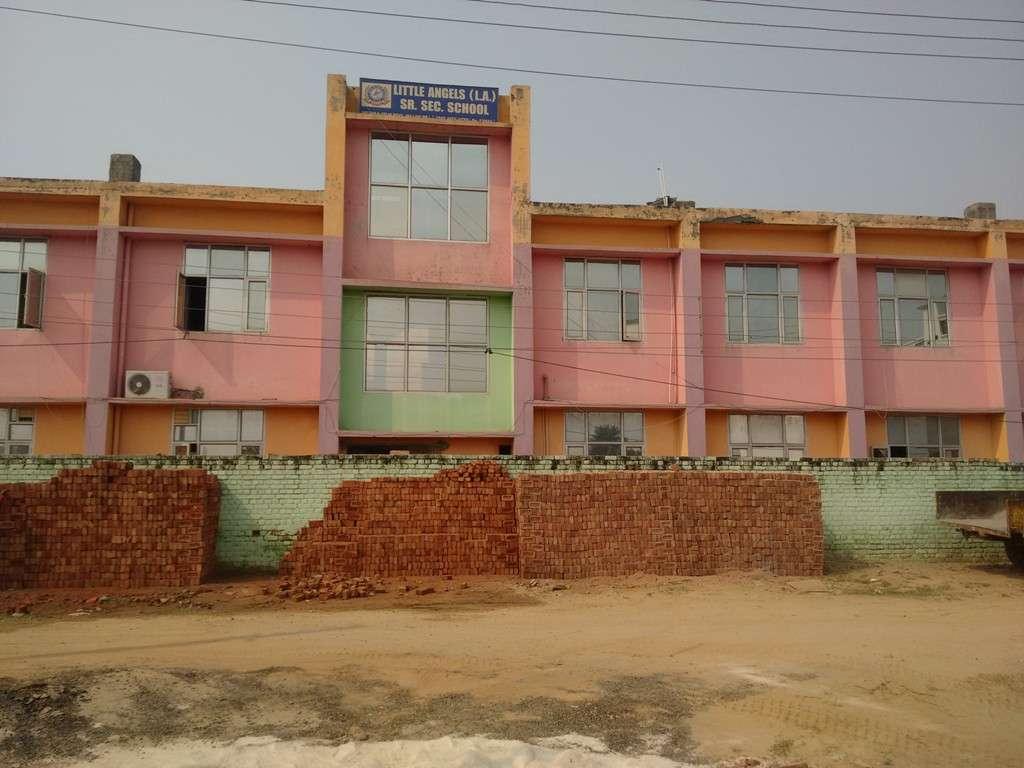 L A SENIOR SECONDARY SCHOOL DELHI ROAD JHAJJAR DISTT JHAJJAR 530694