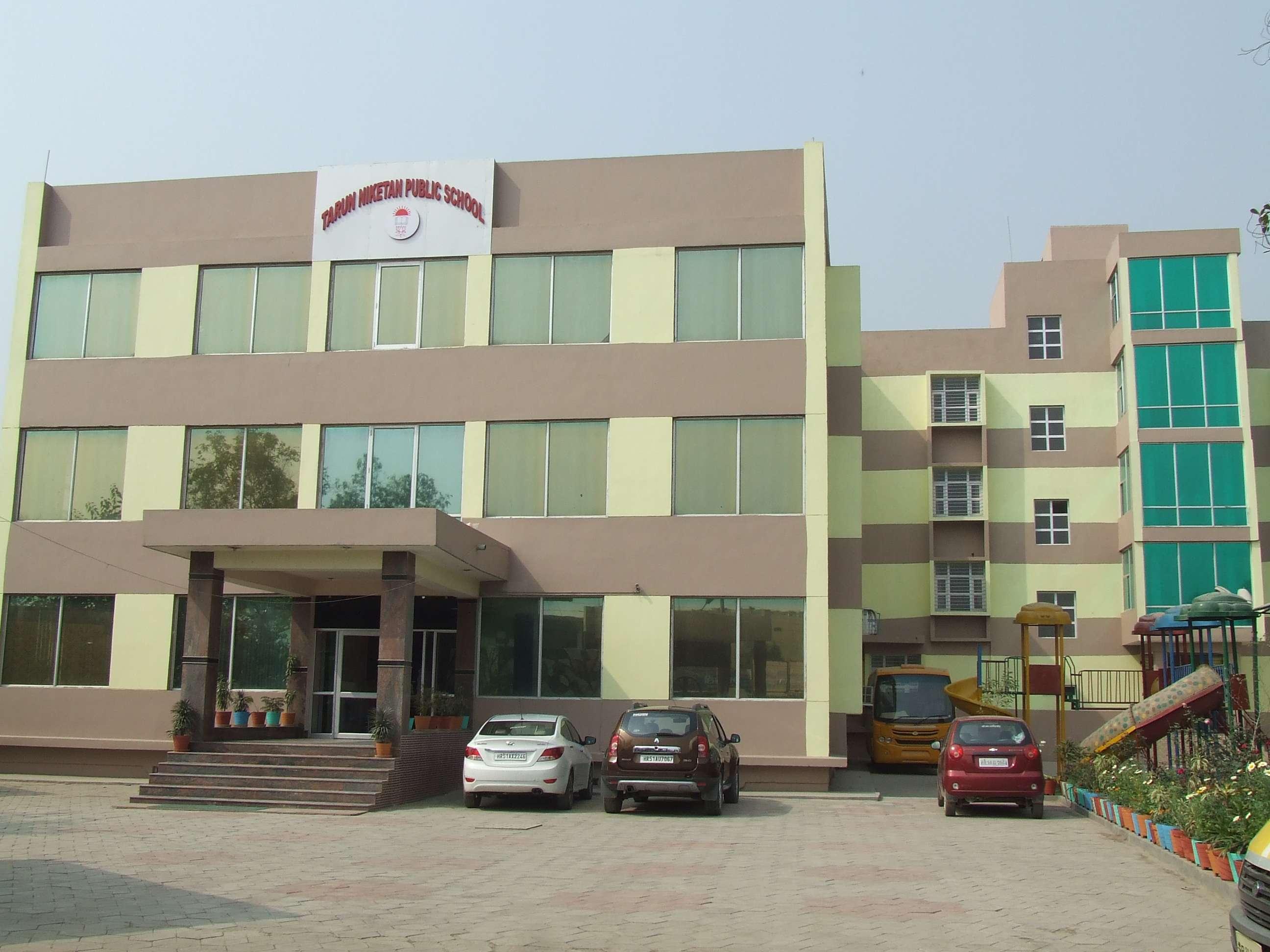 TARUN NIKETAN PUBLIC SCHOOL VILL PALLA NO 1 P O TILPAT DISTT FARIDABAD 530833