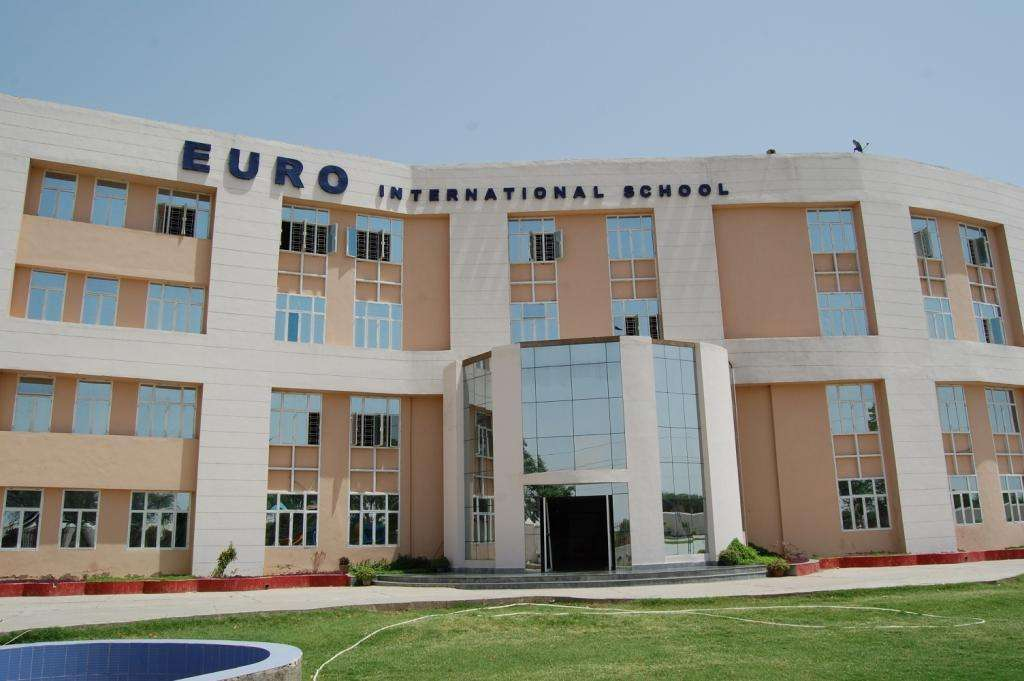 EURO INTERNATIONAL SCHOOL UNHANI DADRI ROAD 530933