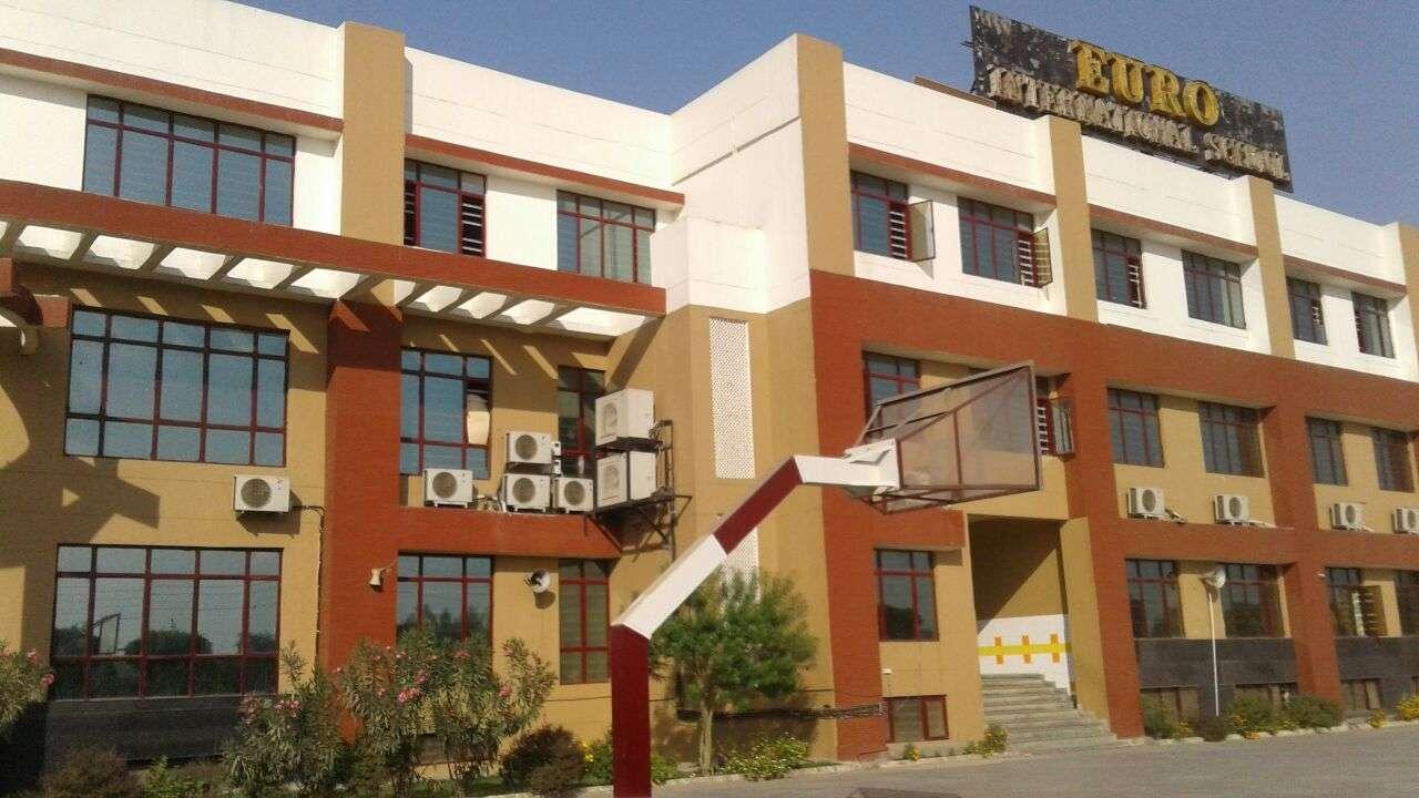 EURO INTERNATIONAL SCHOOL EURO INTERNATIONAL SCHOOL SECTOR 10 GURGAON 530877