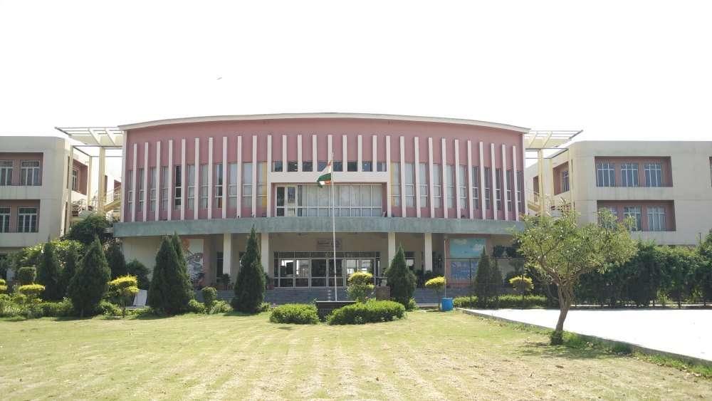 DELHI PUBLIC SCHOOL NH 1 11TH KM MILE STONE G T ROAD AMRITSAR PUNJAB 1630407