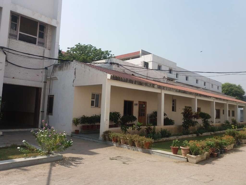 Modern Senior Secondary School Patiala G D N S Road Patiala 1630583