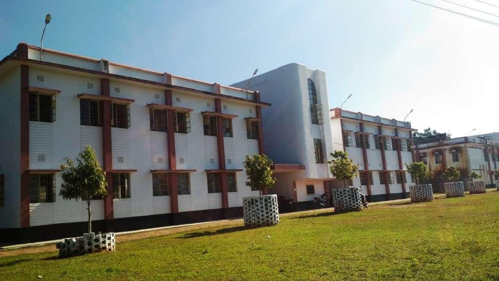 EKLAVYA MODEL RESIDENTIAL SCHOOL BIRCHANDRA NAGAR SANTIR SOUTH TRIPURA 2020001