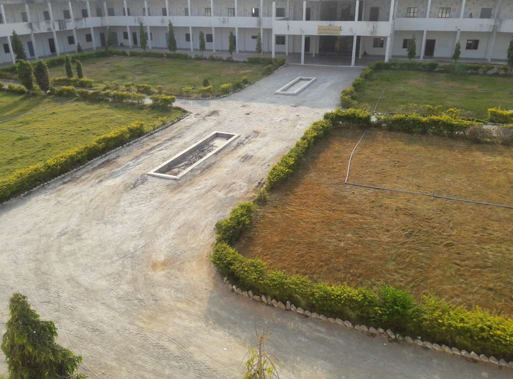 SILVER BELLS CENTRAL SCHOOL EAST MISSION COMPOUND MATERNITY HOSPITAL ROAD TIRUPATHI ANDHRA PRADESH 130037