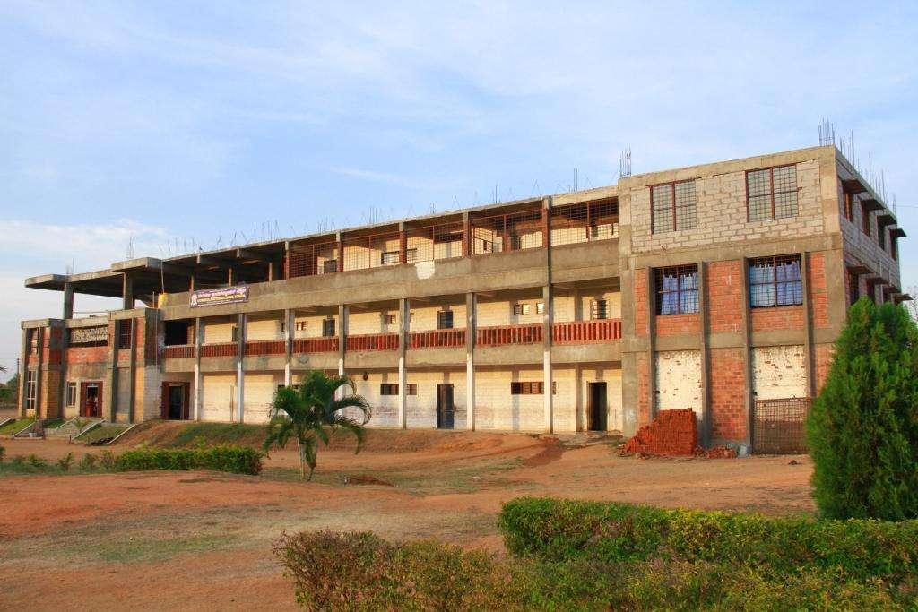 GURUKULA INTERNATIONAL SCHOOL NEAR GAVIMUTT B H ROA ARSIKERE HASSAN 830285