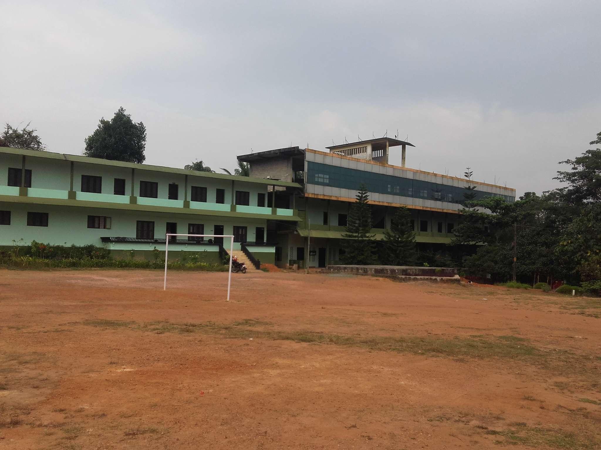 USHUS ENGLISH SCHOOL EDAPPAL PADDAMBI ROAD CHUNGAM DISTT MALAPURAM KERALA 930562