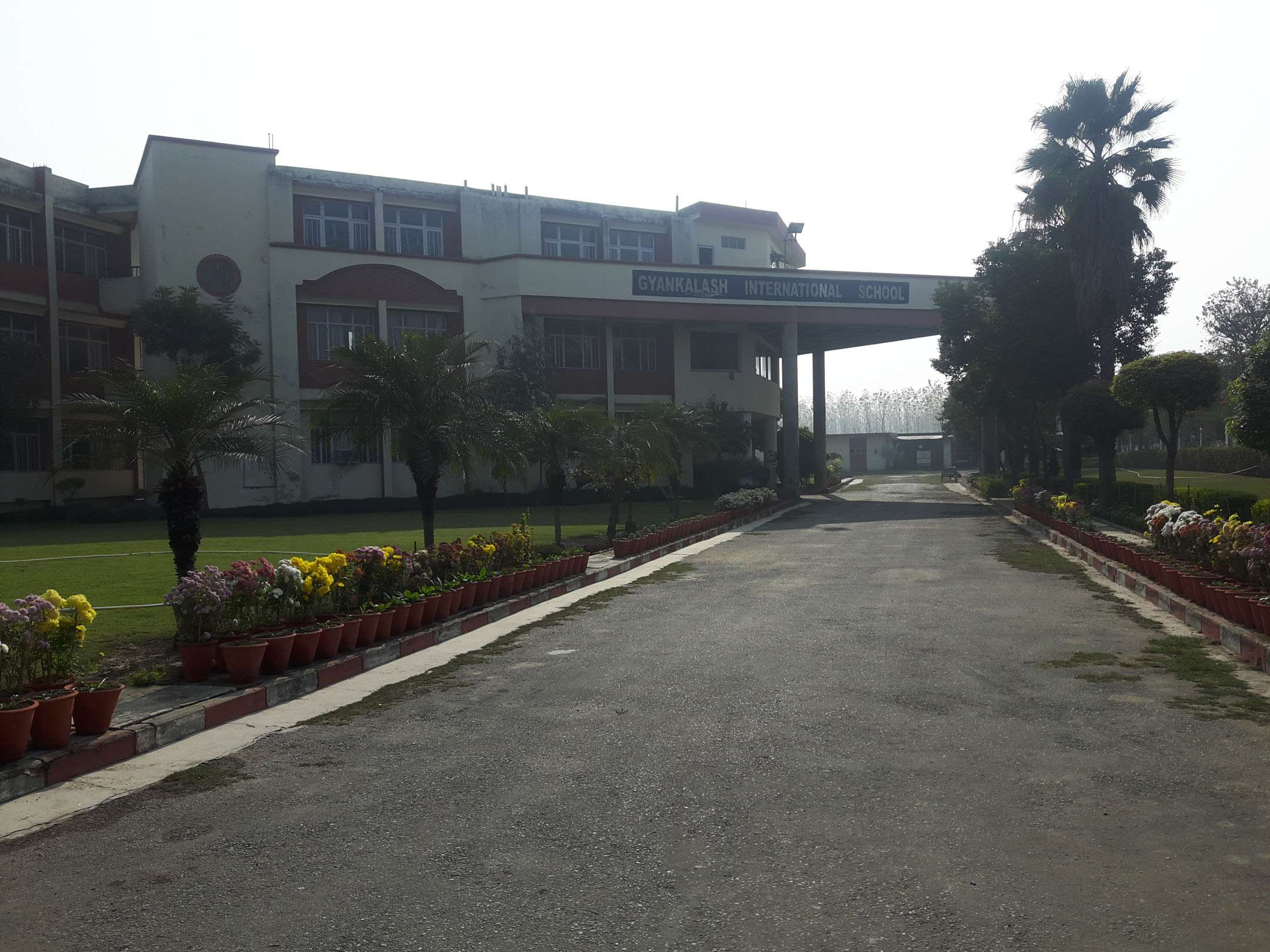 GYAN KALASH INTERNATIONAL SCHOOL NEAR P amp T TRAINING CENTRE AMBALA ROAD SAHARANPUR U P 2130824
