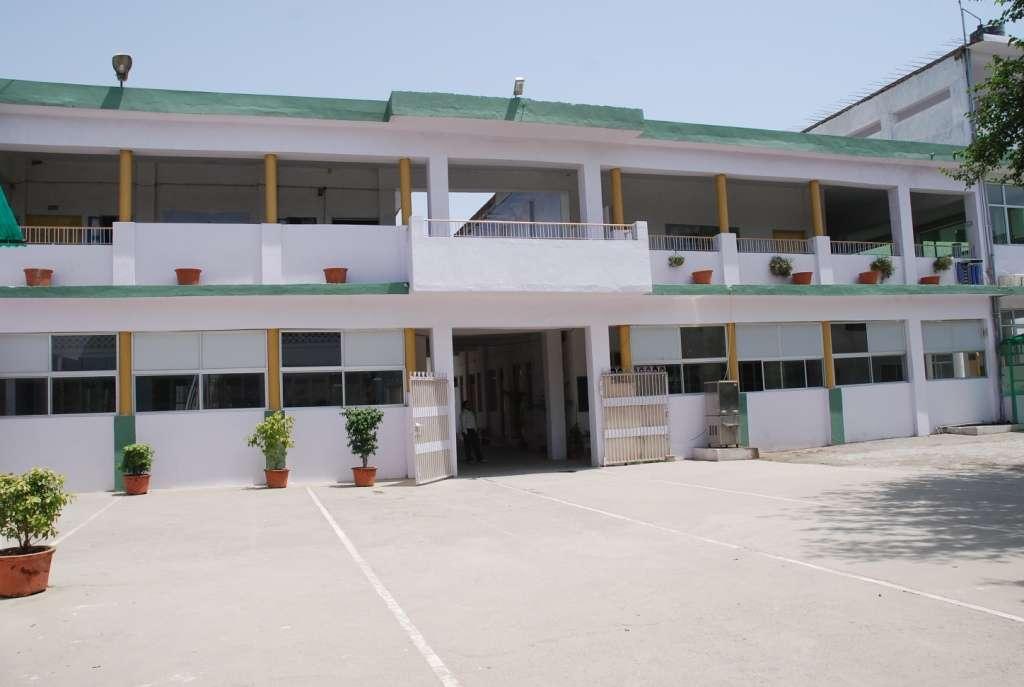 Three Dots Sewamarg Public School Ramghat Road Aligarh 2131297