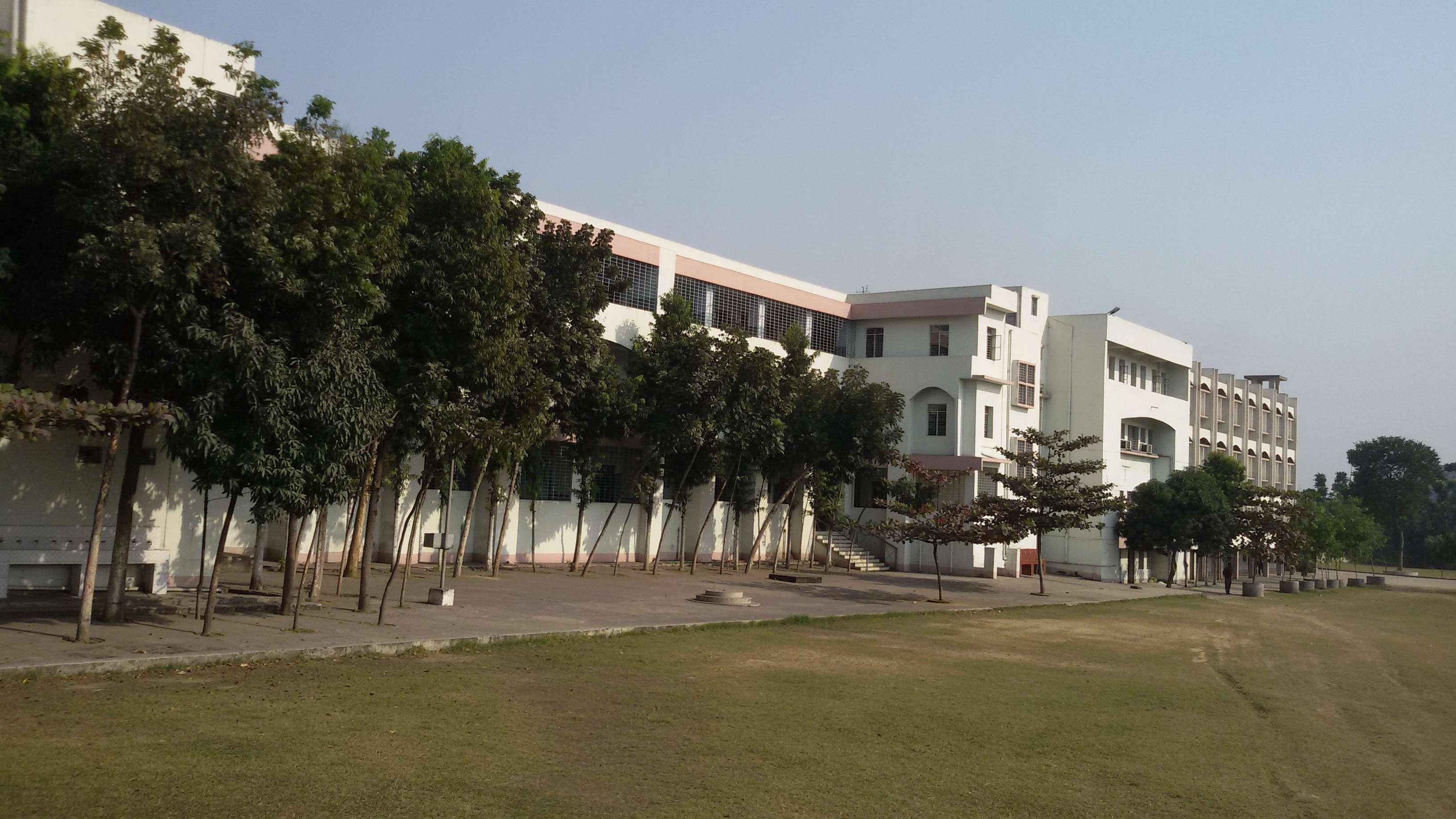 S K S PUBLIC SCHOOL RONAI ROAD MANGAL PUR RANIGANJ WEST BENGAL 2430085