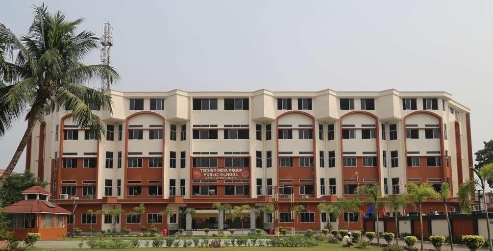 TECHNO INDIA GROUP PUBLIC SCHOOL DHARMPUR SHANTI NIKETAN 2430092