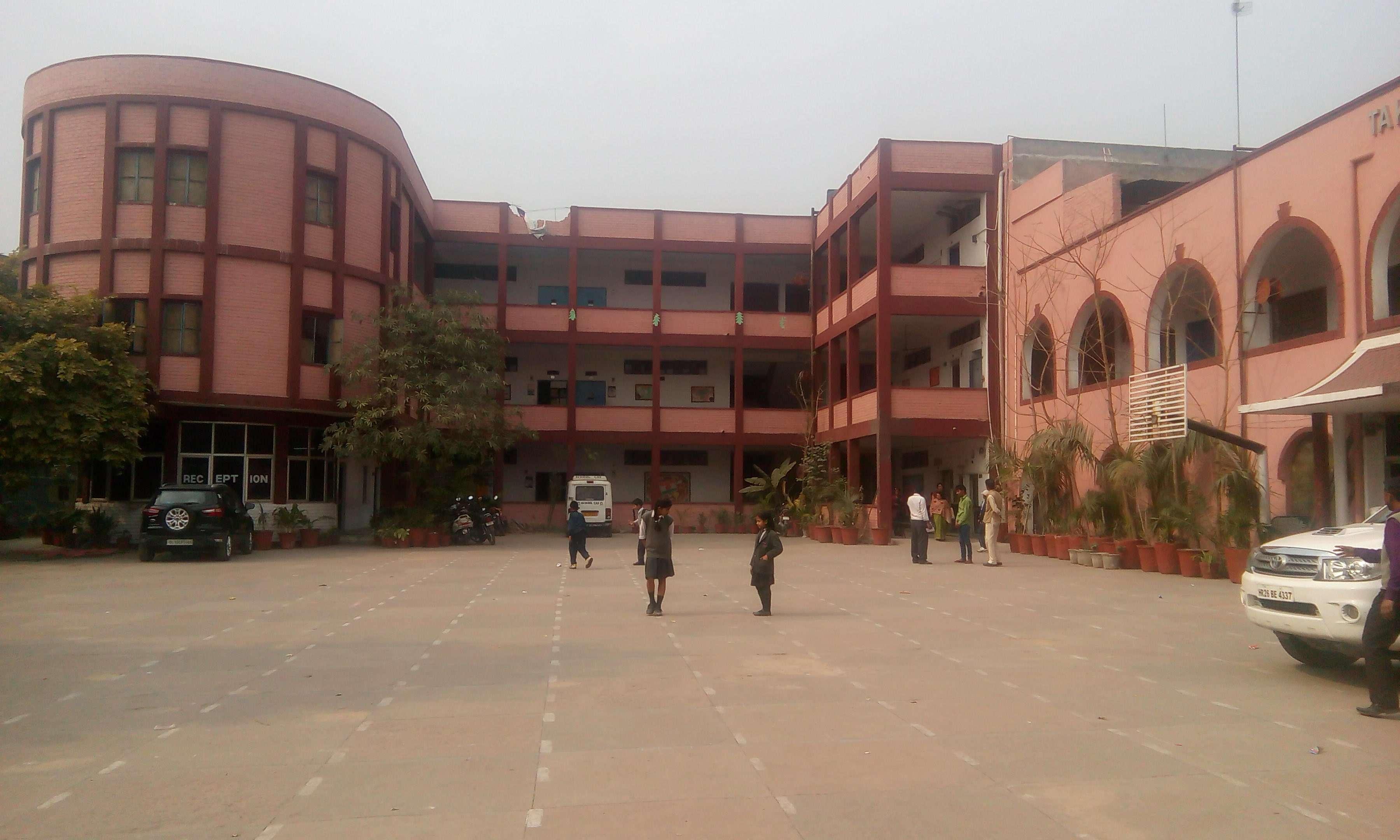 TAKSILA PUBLIC SCHOOL JYOTI COLONY EXTN SHAHDARA DELHI 2730086