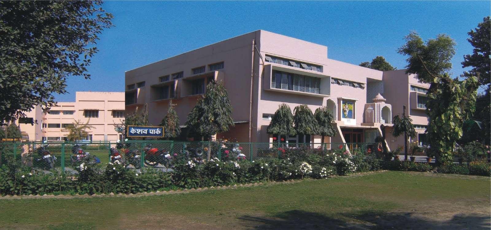 M C L SARASWATI BAL MANDIR L BLOCK HARI NAGAR NEW DELHI 2730055